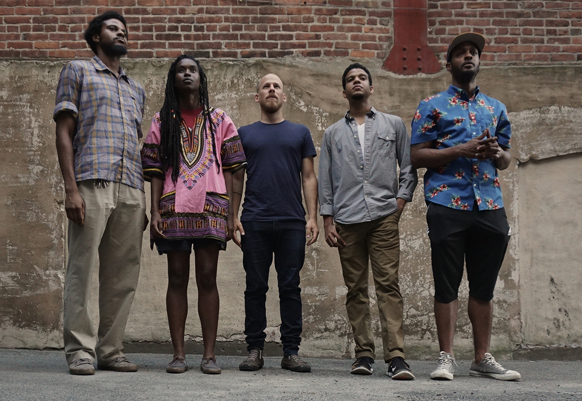 Irreversible Entanglements feat. Pat Thomas